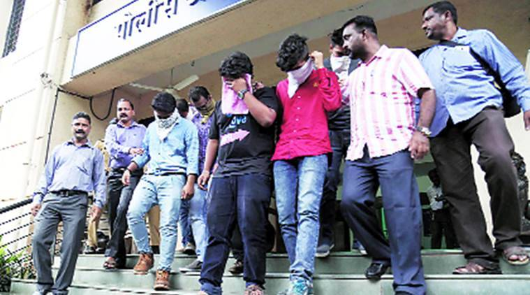 mumbai, irs scam mumbai, mumbai scam, mumbai call centre racket, call centre racket, mumbai call centre raids, call centre raids in maharashtra, thane call centre, call centre racket busted, call centre, fake irs officials, us citizens, india news, latest news