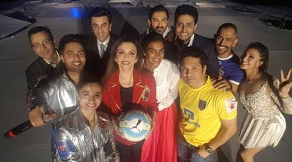 MS Dhoni, Sachin Tendulkar, Alia Bhatt light up ISL 3 opening ceremony