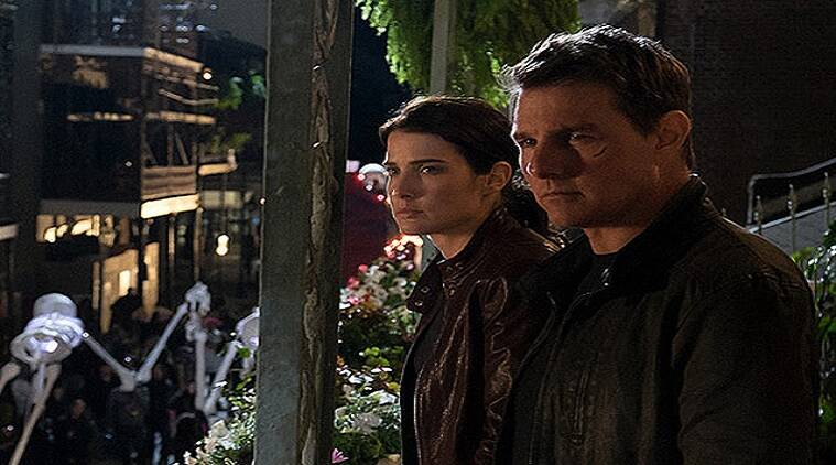 Jack Reacher: Never Go Back stars lead actress Cobie Smulders in a strong female role.