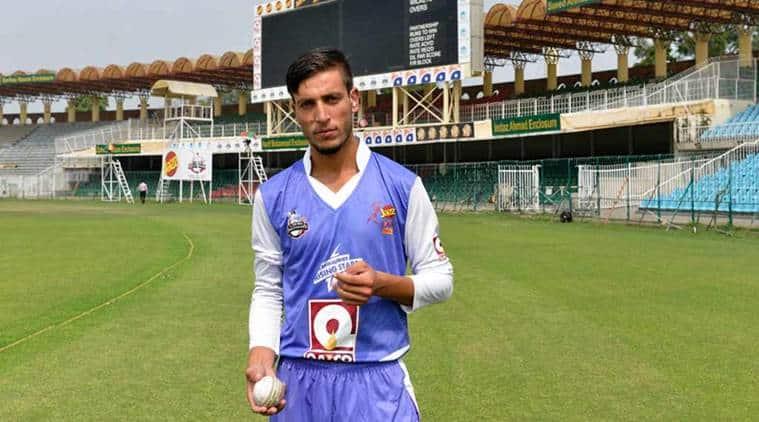 pakistan bowler, pakistan ambidextrous, ambidextrous bowlers, pakistan bowler, yasir jan pakistan bowler, cricket news, sports news