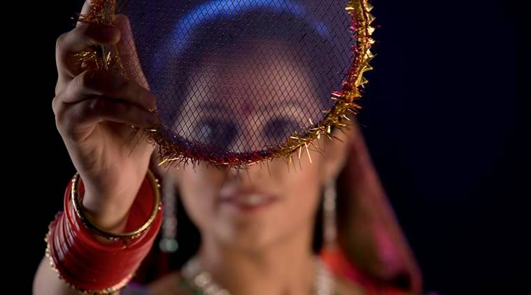 Karwa chauth, Karwa chauth 2016, Karwa chauth vrat vidhi, Karwa chauth tips, Karwa chauth vidhi, Karwa chauth timing moon 2016