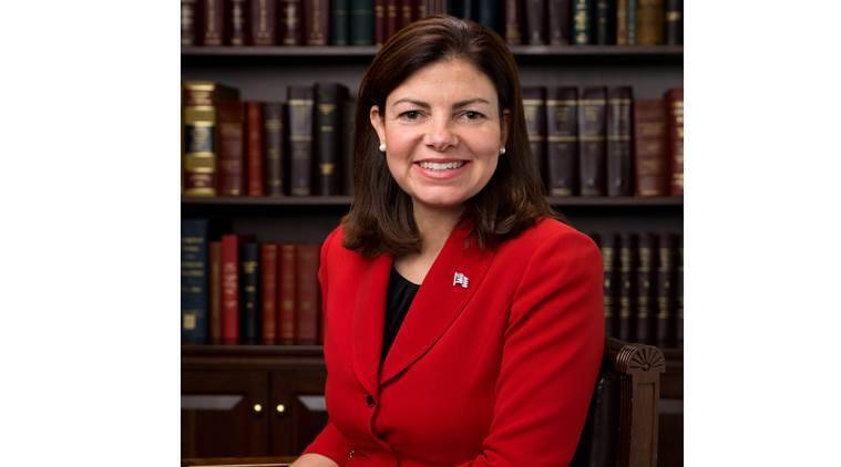 Ayotte says she 'misspoke' when she said Trump is role model