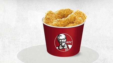 This woman just sued KFC for $20 mn, because family bucket wasn't filled to the top!