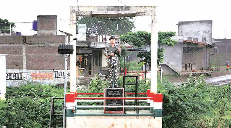 A Memorial of a soldier near Chandu Chavans grand parents home in Dhule. (Source: Express photo by Amit Chakravarty)