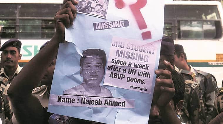 jnu najeeb ahmad, najeeb ahmad jnu student, human chain vc jnu, jnu najeeb ahmad protest, delhi news, indian express,