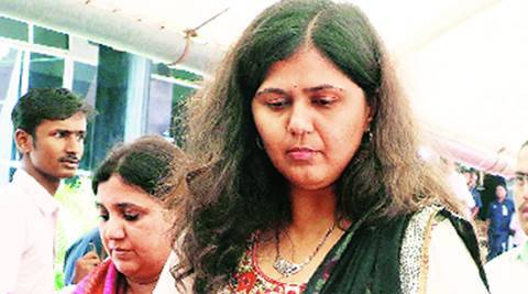 Pankaja Munde offers to quit after Beed results