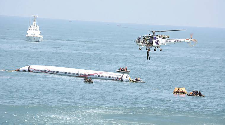 Coast Guard, India Cost guard, Plane crash in India ocean, Indian Coast guard rescue, Plane cash and India Coast guard, Latest news, India news, Maharashtra news,