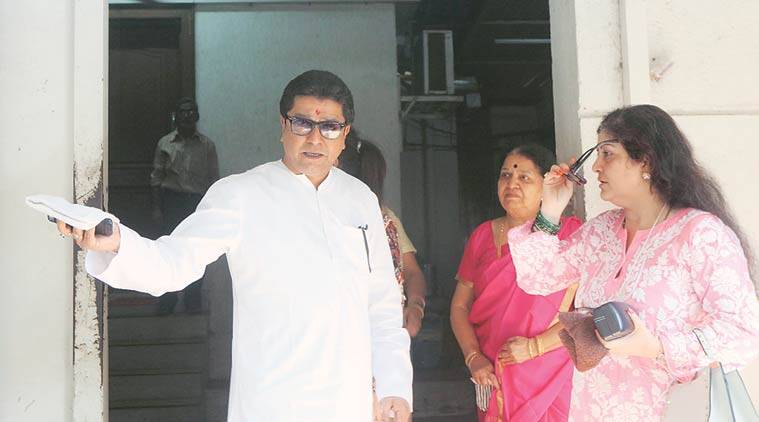 Raj Thackeray, Maharashtra Navnirman Sena, Narendra Modi, Raj Thackeray on demonetisation, demonetisation menace, Central government move, Modi on demonetisation, Supreme Court on demonetisation, Sharad Pawar, Janardan Reddy daughter's marraige, black money, indian express news