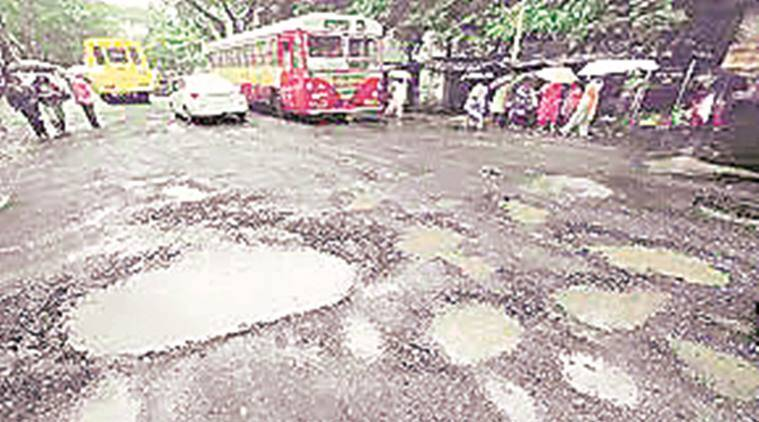 Mumbai civic chief, Mumbai municipal corporation, Municipal corporation, roads, traffic, road repair, mumbai, mumbai news, Indian express news