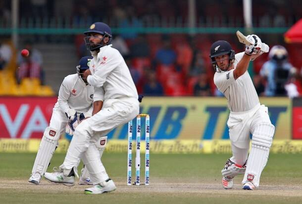Ronchi, Ronchi new zealand, India vs New Zealand, Ind vs nz, ind vs nz 2nd test, ind vs nz Kolkata test, ind vs nz day 2, ind vs nz highlights, ind vs nz photos, India vs New Zealand photos, India cricket, New Zealand cricket team, India vs nz score, ind vs nz highlights, Cricket news, Cricket