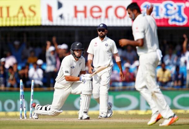 Ashwin, Ross Taylor, Taylor wicket, Ashwin wickets, India vs New Zealand, ind vs nz, ind vs nz 3rd test, R Ashwin, Ashwin, Ashwin wickets, Ind vs nz photos, Ashwin photos, Kohli, Virat Kohli India, Cricket news, Cricket