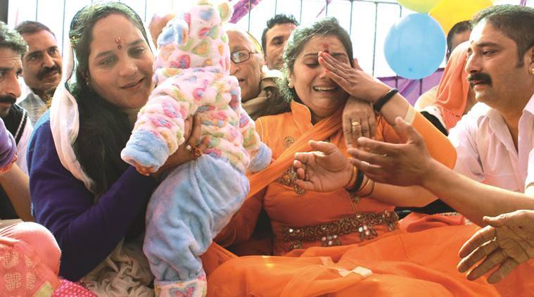 Shimla infant swap, swapped babies returned, Kamla Nehru Hospital baby swap, Himachal Pradesh High Court, Shimla news, Himachal news, India news, latest news, Indian express