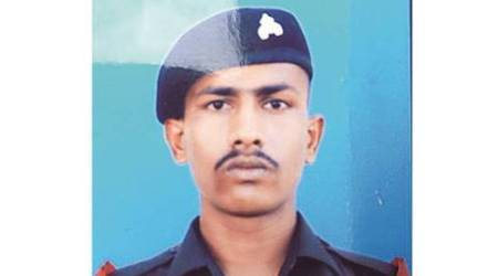 indian soldier, Indian soldier captured by pakistan, Pak, Pakistan army, Indian soldier abdustion, Indian soldier grandmother dies, Chandu chavan, Lilabai , Lilabai dead, gujarat, gujarat soldies, indian army, Surgical strikes, Dhule district, Chavan family, Gujarat government, devendra fadnavis, fadnavis, gujarat news, india news, indian express news