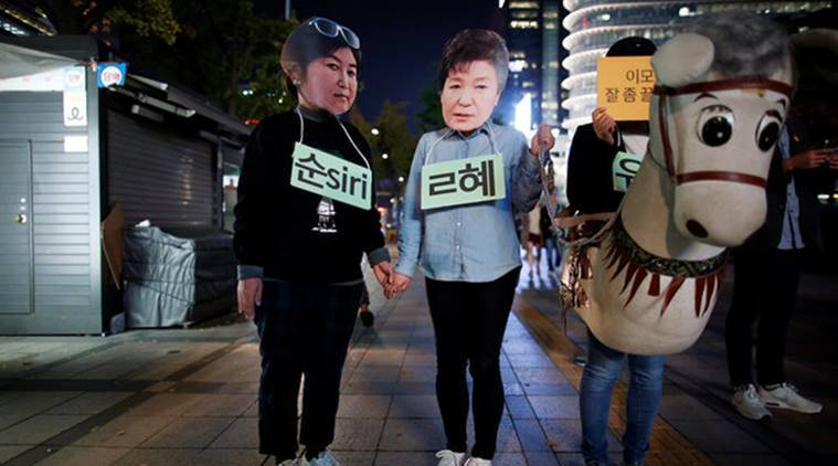 Park Geun-hye, South Korea, south korean president, south korea president, presidential blue house, influence-peddling, world news, indian express