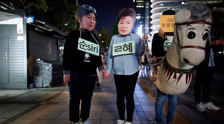 Park Geun-hye, South Korea, south korean president, south korea president, presidential blue house, influence-peddling, world news, indian express