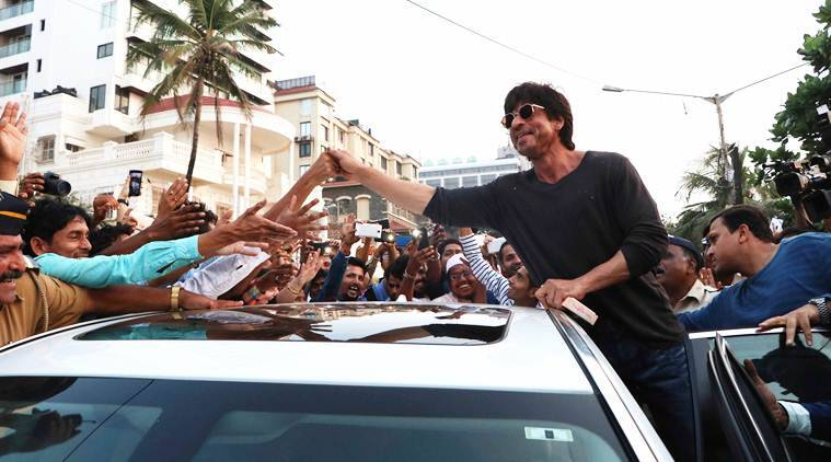 Shah Rukh Khan, SRK, Raees, Raees srk, SRK fans, shah rukh fans, Raees movie, Raees cast, Raees release
