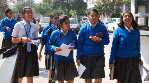 should english be the medium of instruction in indian schools Schools in india have a three-language formula – including english, hindi and the regional language all states except tamil nadu follow this formula bihar is the worst in terms of students going to english-medium schools, as only about three per cent students go to schools that have english as a medium of instruction.