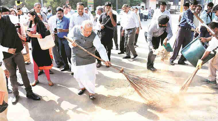 rajnath singh,  Venkaiah Naidu, J P Nadda, Swachh Bharat, Swachh Bharat mission, Swachh Bharat abhiyan, clean india, clean india drive, Swachhta Rally, Swachhta Rally delhi, india news