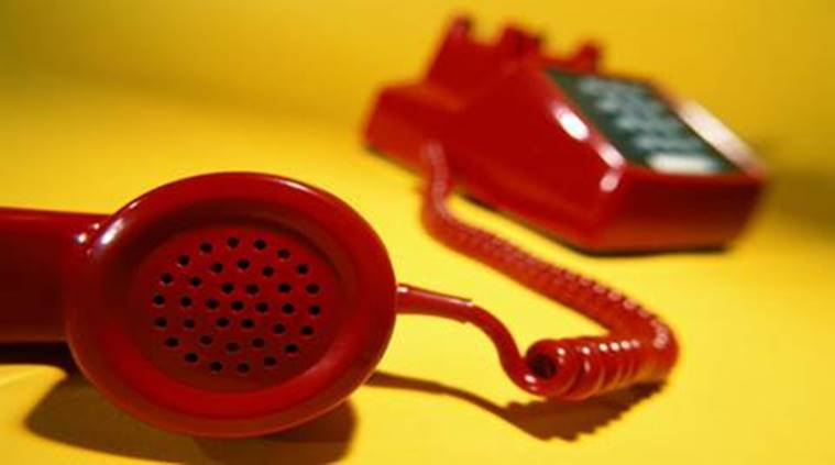 Mumbai: Fraudsters list own cellphone numbers as bank helplines, cheat cuers