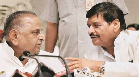 Mulayam Singh Yadav refrains from naming Akhilesh Yadav as CM candidate, says MLAs will decide