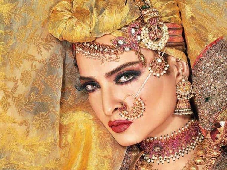 Rekha photos: 50 rare HD photos of Rekha   Entertainment
