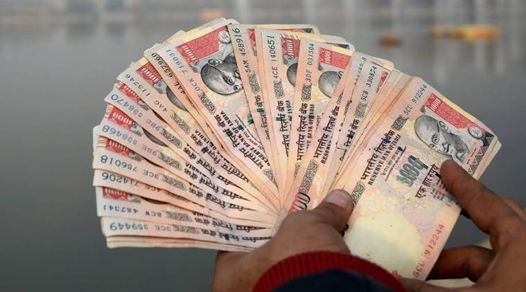 demonetisation, denomenitisation of high currency, 500-1000 notes invalid, BPL families, money change, Jan Dhan Account misuse, Kolkata, black money holders, IT department, indian express news