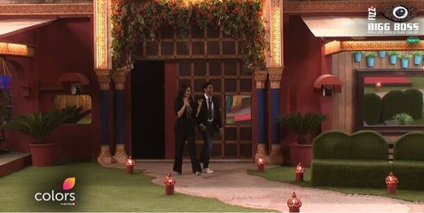 bigg boss, bigg boss 10, bigg boss 10 november 5, bigg boss 10 highlights, bigg boss 10 pictures, bigg boss 10 pics, bigg boss 10 salman khan, bigg boss 10 weekend ka vaar, bigg boss 10 salman episode, bigg boss salman episode, bigg boss 10 evictions, bigg boss 10 om swami, bigg boss 10 gaurav khalnayak, bigg boss 10 rock on 2, bigg boss 10 farhan akhtar, bigg boss 10 shraddha kapoor, bigg boss 10 farhan shraddha, bigg boss 10 episode, bigg boss 10 weekend episode, bigg boss 10 news, television news, indian express, indian express news