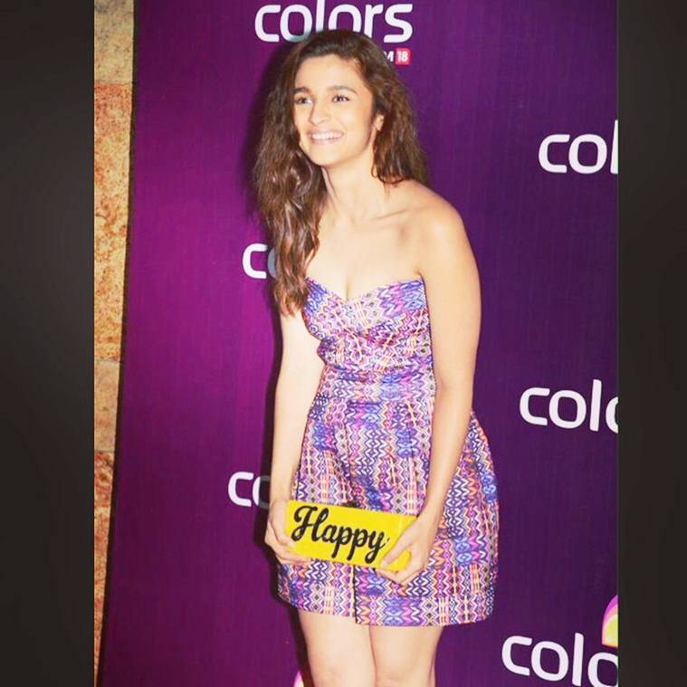 alia-bhatt-coloursparty-im-happy