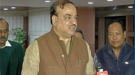 "Congress adopting ""spit and run policy"", says Ananth Kumar"