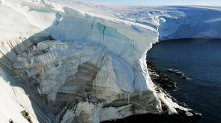 Climate change shows in shrinking Antarctic snows
