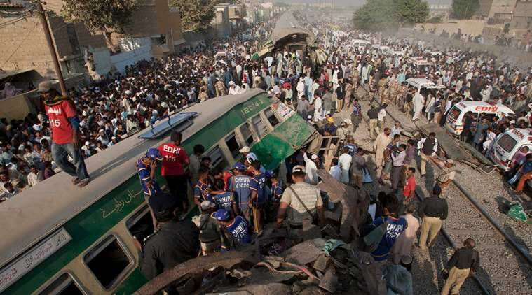Pakistan train collision, Pakistan train crash, Karachi train collision, Zakaria Express, Fareed Express, news, latest news, world news, international news, Pakistan news,