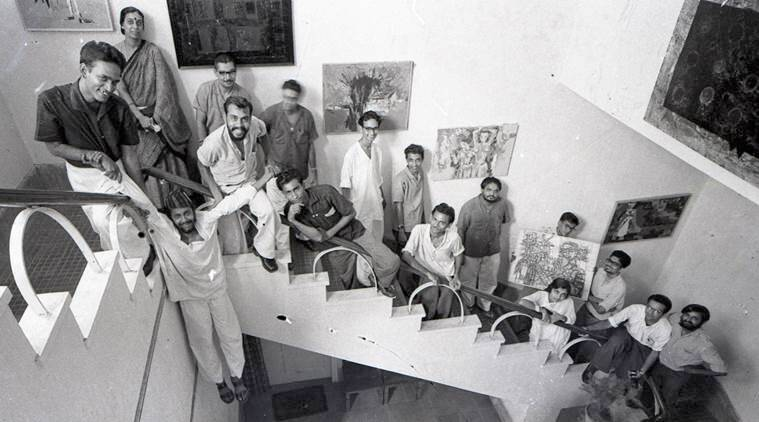 A fine balance: A group of artists in the library building in the Faculty of Fine Arts, Maharaja Sayajirao University — Jeram Patel, Aruna Purohit, Chandu (Shailesh) Dave (suspended in front), Farokh Contractor, Himmat Shah, Haroon Khimani, Jayant Parikh, Gulammohammed Sheikh, Vinod Shah, Narendra Amin, Govind Bhanwadia, Jyoti Bhatt, Chandrika Chandresa, Suresh Seth, Feroze Katpitia and Raghav Kaneria; Nasreen Mohamedi with students at the faculty. (Source: Kishore Parekh. Courtesy of Jyoti Bhatt and Asia Art Archive)