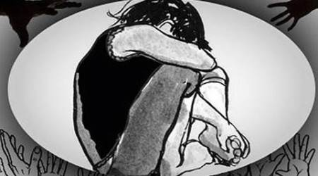 kolkata, kolkata woman assault, kidnapper assaulted, women steals baby, kolkata news, india news