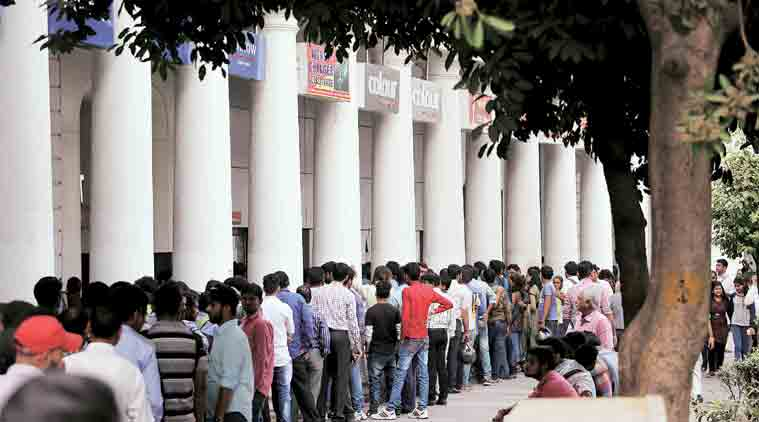 Demonetisation, Demonetisation deaths, Man dies in queue, Delhi man dies ATM