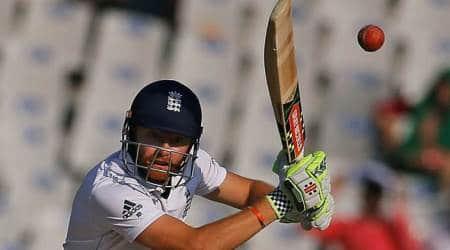Ashes 2017-18: England wicketkeeper Jonny Bairstow survives injuryscare