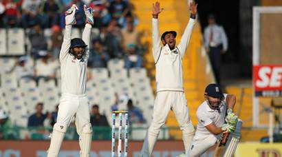 India vs England, 3rd Test: Hosts hold upper hand as England fall apart