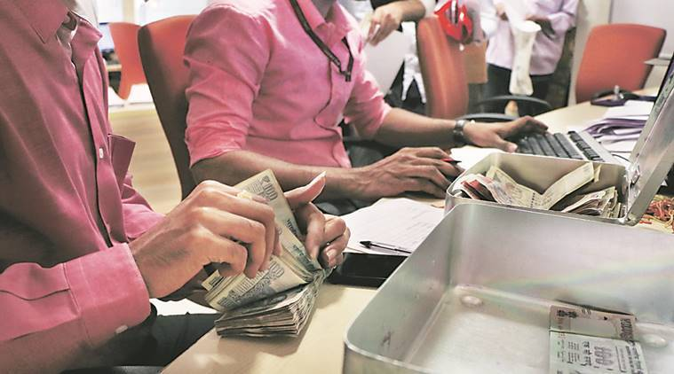 rs 500 ban, rs 1000 ban, currency ban, atm, banks opens, ludhiana dcp, banks open, bank rush, old notes exchange, atm cash, indian express news, india news, punjab news