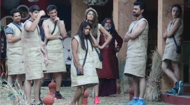 bigg boss, bigg boss 10, bigg boss 10 tuesday, bigg boss 10 luxury budget task, bigg boss lock down, bigg boss manveer rohan fight, bigg boss chammak challo, bigg boss 10 swami om manveer fight, bigg boss 10 bani captain, bigg boss 10 bani gaurav, bigg boss 10 swami om, bigg boss 10 rahul dev lokesh monalisa karan mehra nominated, bigg boss 10 task, nominated contestants, bigg boss 10 nov 15, bigg boss 10 november 15, bigg boss 10 writen update, bigg boss 10 episode, bigg boss 10 nov 15 written episode, bigg boss 10 news, bigg boss 10 week 4, television news, indian express, indian express news