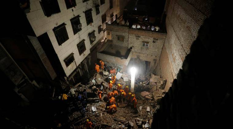 Delhi building collapse, sadar bazar building collapse, Owners booked, contractors booked, adjoining buildings, india news, indian express