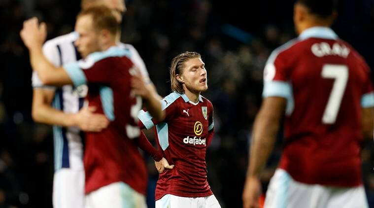 Britain Football Soccer - West Bromwich Albion v Burnley - Premier League - The Hawthorns - 21/11/16 Burnley's Jeff Hendrick looks dejected after the game Reuters / Darren Staples Livepic EDITORIAL USE ONLY.