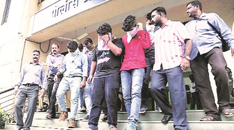 call centre, call centre scam, call centre drugs, drugs export, narcotics, DRI, thane call centre scam, mumbai call centre scam, indian express news, india news, mumbai, mumbai news, latest news