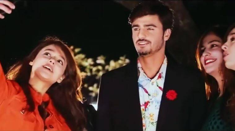 chaiwala, pakistan chaiwala, internet chaiwala, internet chaiwala blue-eyed, internet blue-eyed chaiwala pakistan, chaiwala model, chaiwala first music video, handsome chaiwala music video, indian express, indian express news, trending, viral
