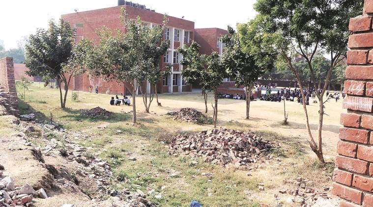 Chandigarh schools, dirty Chandigarh schools, school infrastructure, basic hygiene, Chandigarh news, India news, latest news, indian express