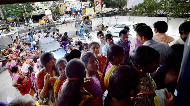 demonetisation, notes demonetisation, tamil Nadu, TN, ATMs, ATM queues, ATM queue, banks queues, banks crowded, public inconvenience, india news, indian express