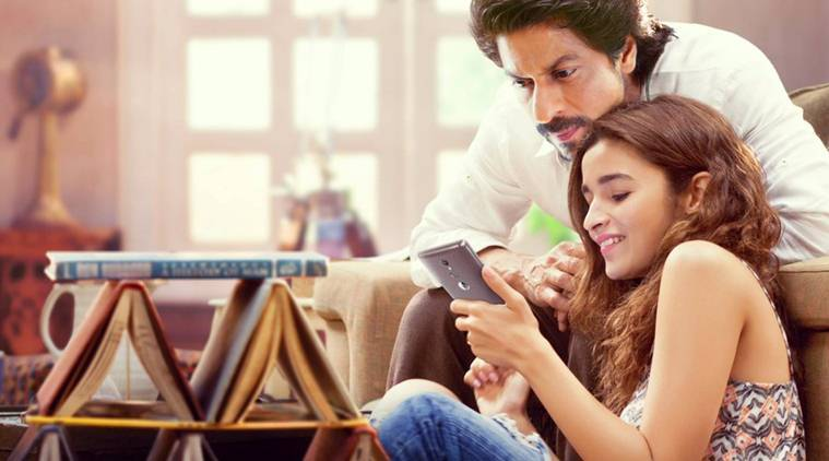 Dear Zindagi, Dear Zindagi box office collection day 5, Dear Zindagi box office collection day five, shah rukh khan, alia bhatt, Dear Zindagi shah rukh khan, shah rukh khan Dear Zindagi, alia bhatt Dear Zindagi, dear zindagi Dear Zindagi, Dear Zindagi box office, Dear Zindagi movie, Dear Zindagi movie collection, Dear Zindagi total collection, Dear Zindagi movie bo, Dear Zindagi bo, gauri shinde, entertainment news, indian express, indian express news