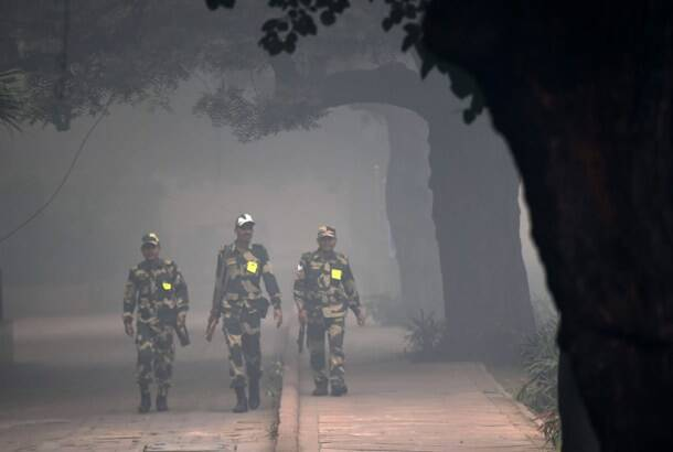 Delhi pollution images, delhi air pollution, Delhi pollution photos, Delhi pollution pictures, Delhi air, India air pollution, India pollution, news, latest news, India news, national news, Delhi news