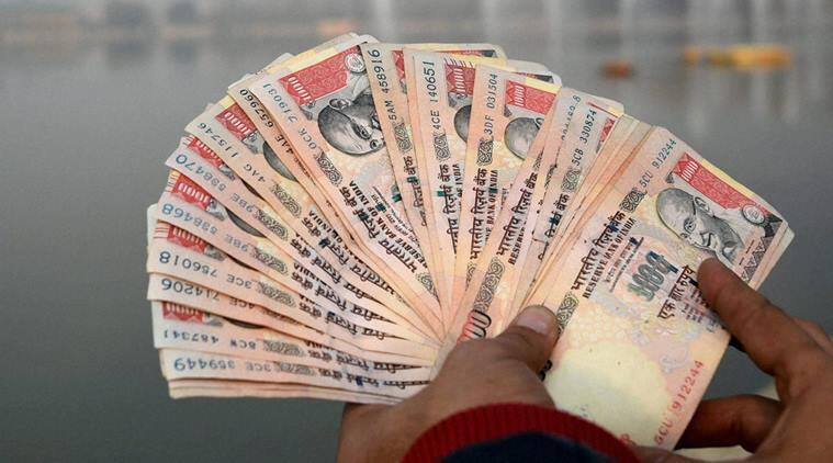 demonetisation, 500-1000 notes invalid, unaccounted cash seized, cash seized from bus passenger, Kozikhode, indian express news