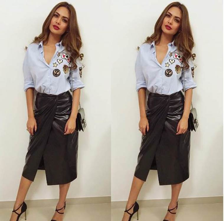 Esha Gupta shows us how to look sexy in denim patchwork shirt. (Source; Instagram/Sanjana Batra)