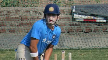 ICC Champions Trophy 2017: Why don't you cross the border and celebrate Pak win, Gautam Gambhir tells Mirwaiz Umar Farooq