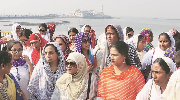 Nearly 100 members of BMMA visited the Haji Ali Dargah Tuesday. Prashant Nadkar